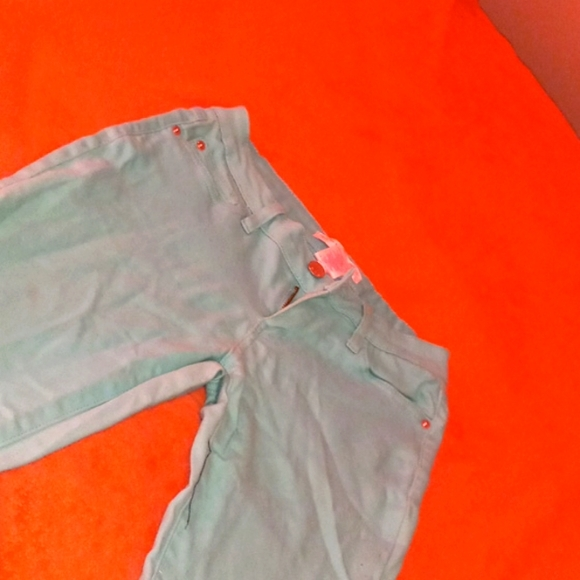 Size 7 Teal colored pants